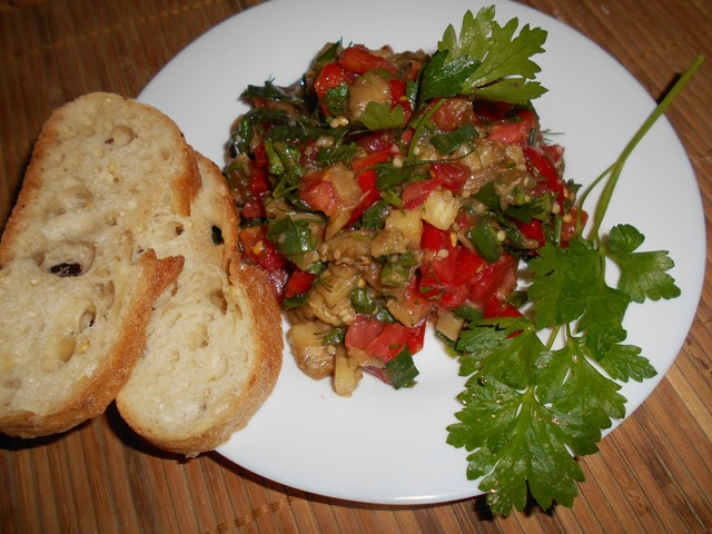 салат баклажанный