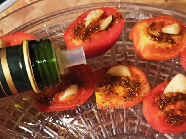 вяленые помидоры в электросушилке рецепт