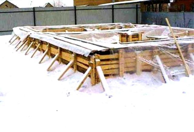 заливают ли бетон зимой