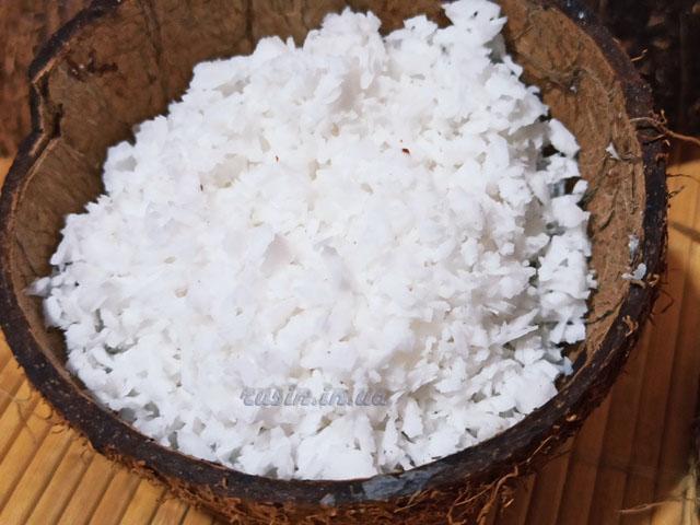 сделать кокосовую стружку из кокоса