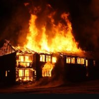 """<span class=""""title"""">Насколько безопасен газобетон в случае пожара, его огнестойкость</span>"""